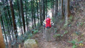 山道の歩き