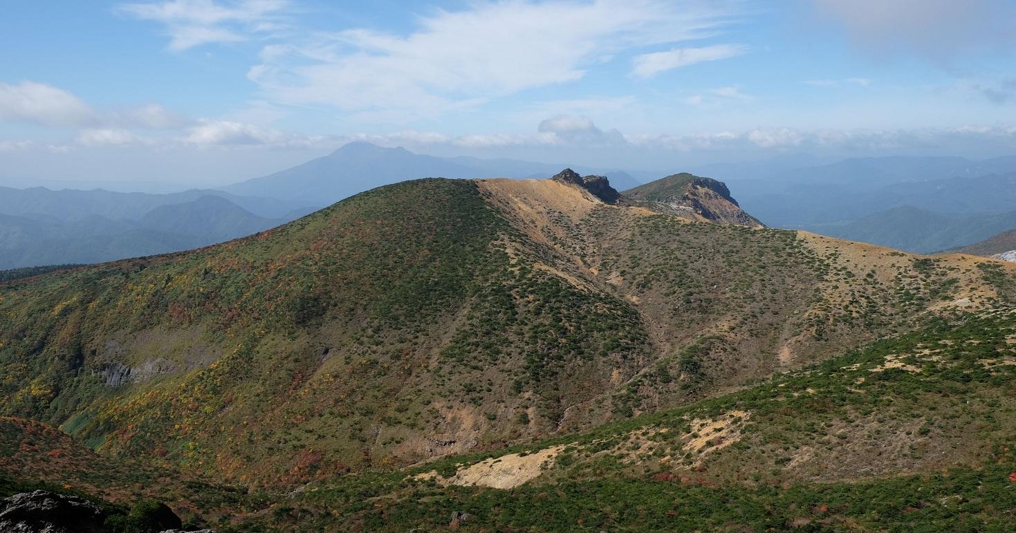 「安達太良山」②美しい紅葉と迫力の沼ノ平噴火口