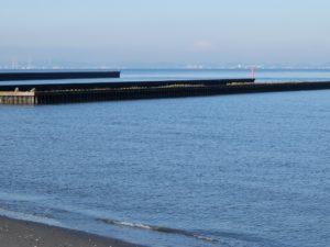 防波堤と富士