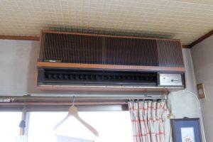 旧エアコン1