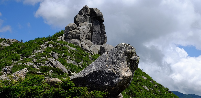 「金峰山」②神々しい岩の数々~奥秩父の名峰