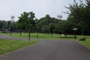 人のいない公園