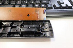 電池の端子部分